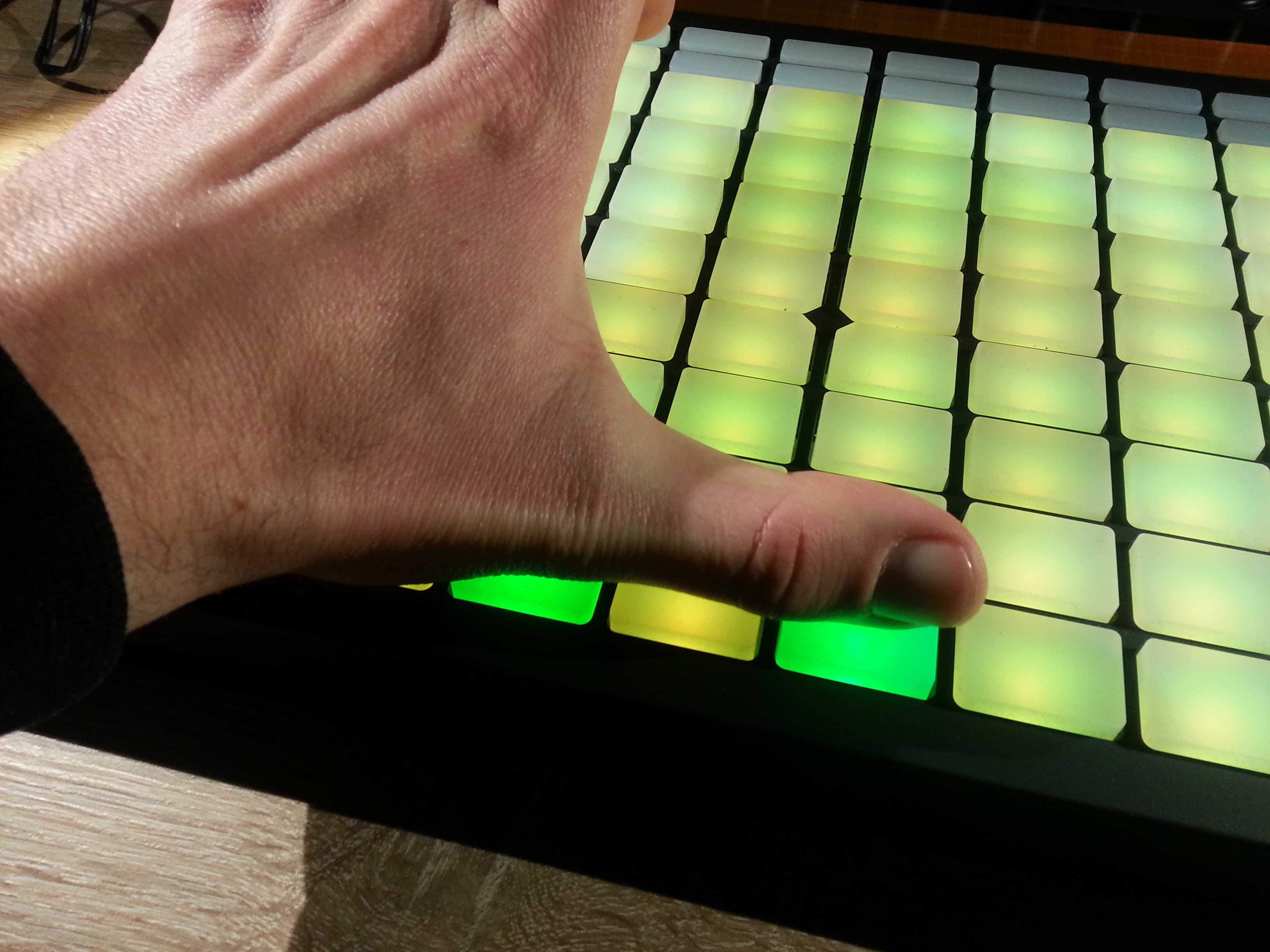 Ableton Push Thumb Placement